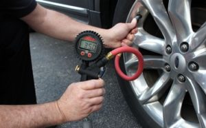 Best Tire Inflators Featured
