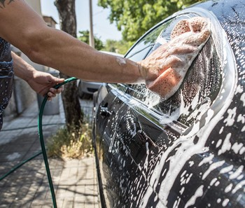 How to Wash a Car – Some Tips and Tricks